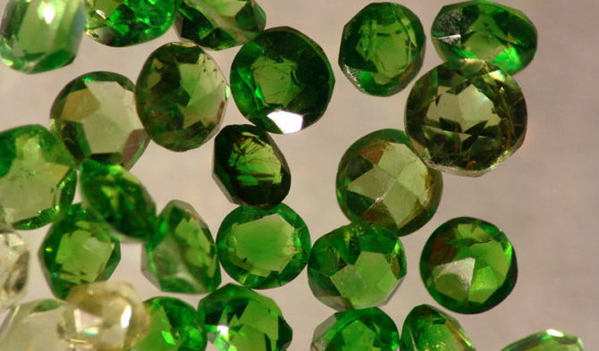 Гранулы зеленого граната