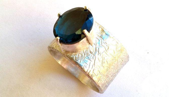 Лондон топаз - кольцо Фрозен