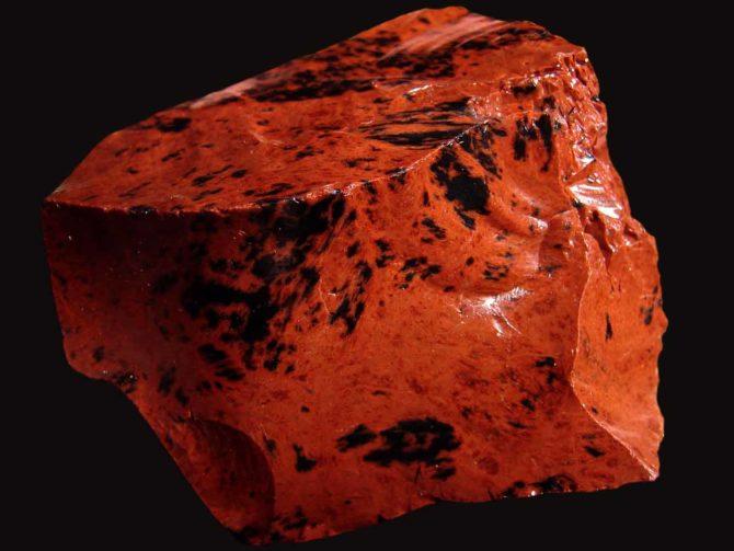 Леопардовая вулканическая порода