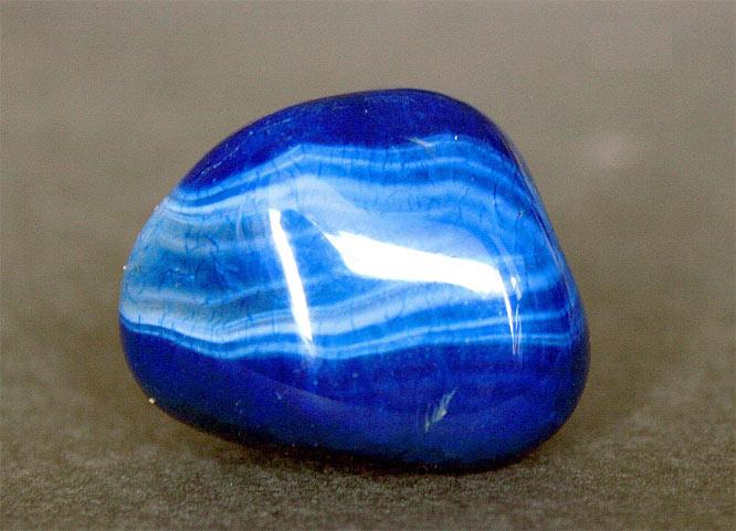 камень голубой агат