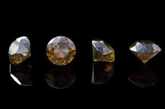 Коричневый бриллиант