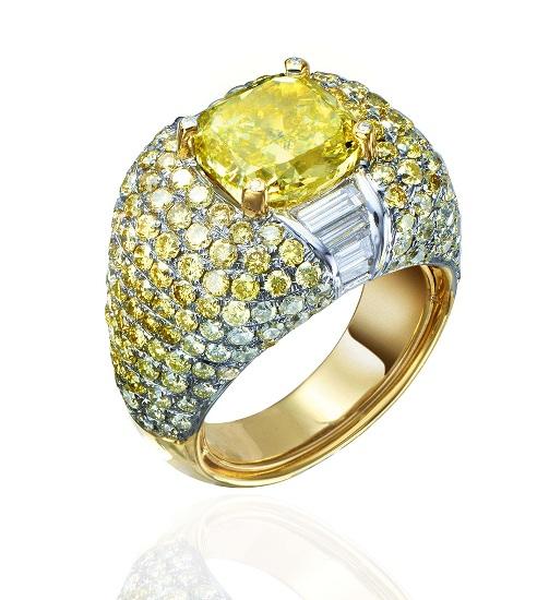 Кольцо с жёлтым бриллиантом