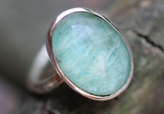 Серебряное кольцо с бериллом