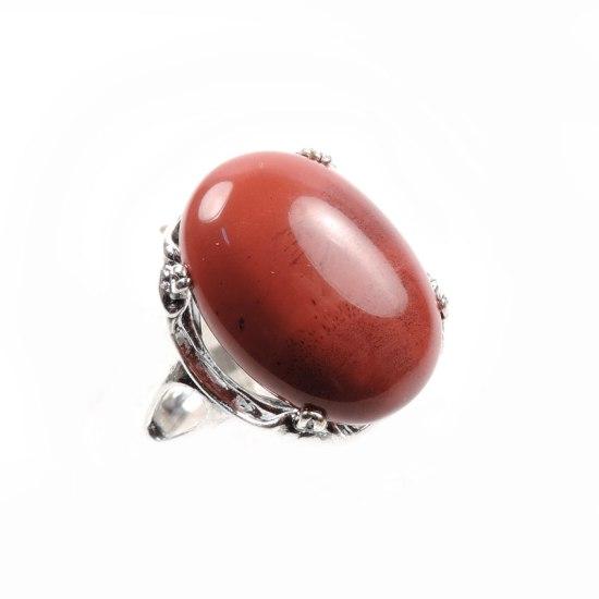 Кольцо с красной яшмой