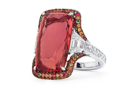 Кольцо с императорским розовым топазом