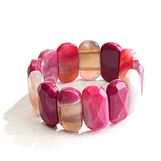 Браслет на резинке розовый агат