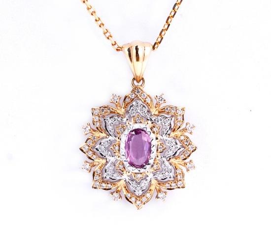 Ожерелье с натуральным розовым сапфиром