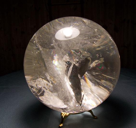 Магический шар из горного хрусталя