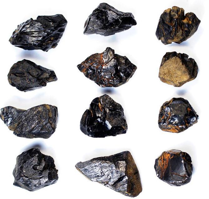 Черные минералы