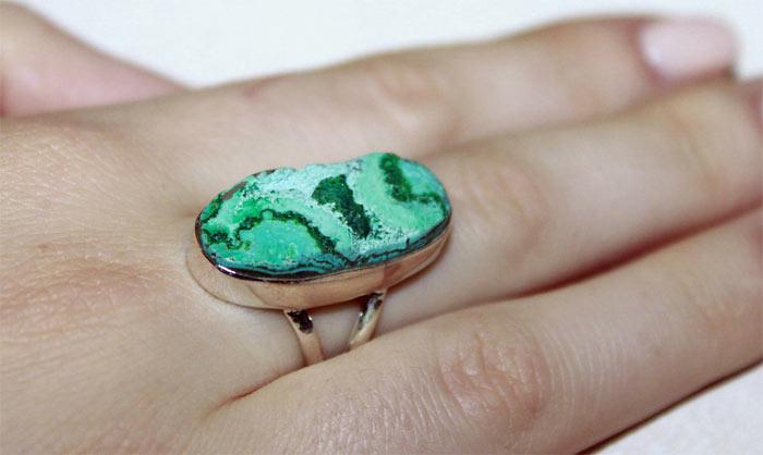 Кольцо с эйлатским камнем
