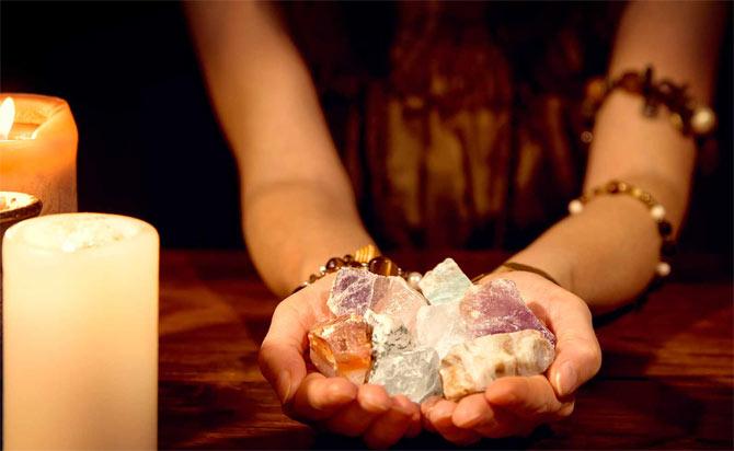 гадание на камнях значение