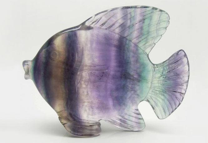 Фигурка рыбка из натурального флюорита