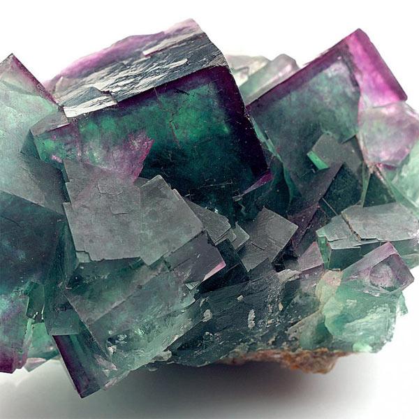 кристаллы поделочного камня