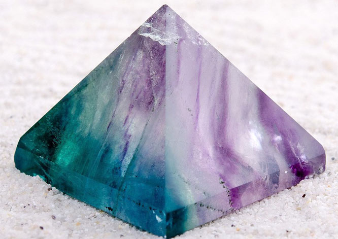пирамида из камня