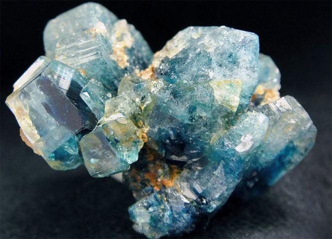 эвклаз минерал