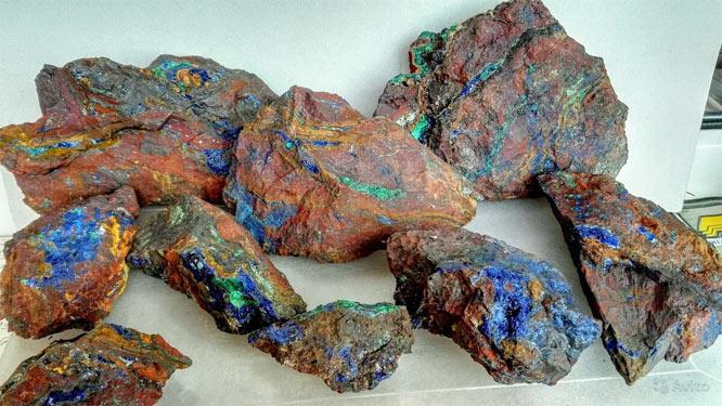 минерал Заринит