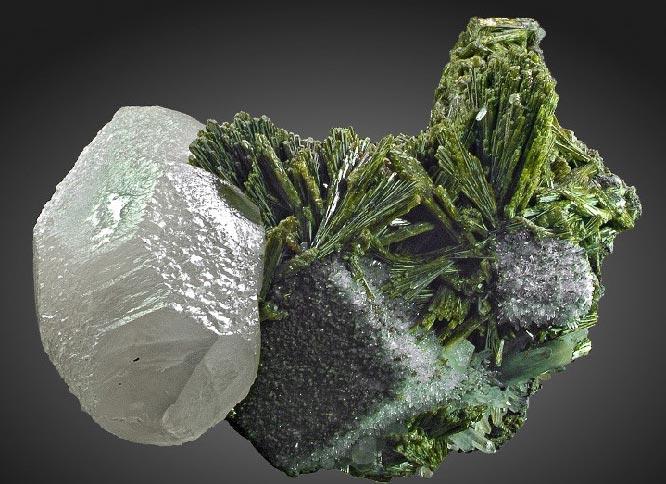 минерал эпидот