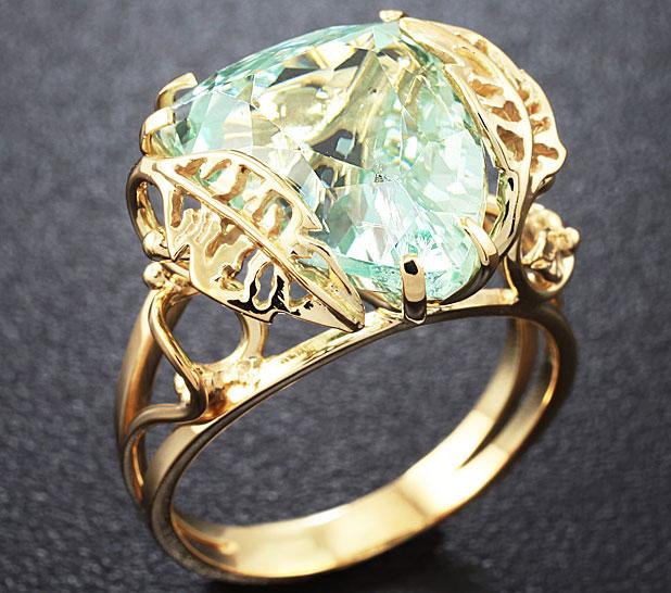 Золотое кольцо с гидденитом