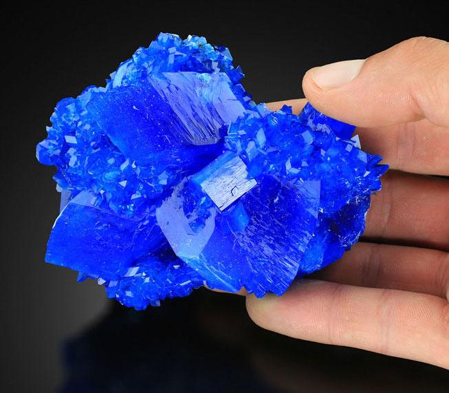халькантит кристалл