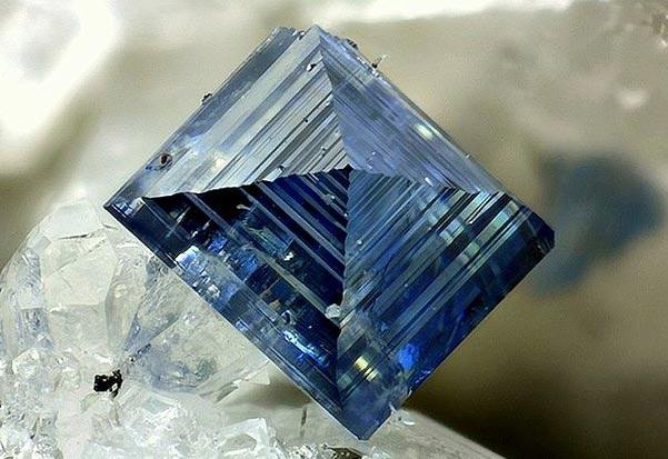 анатаз минерал