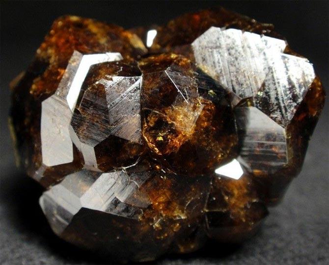 Андрадит минерал