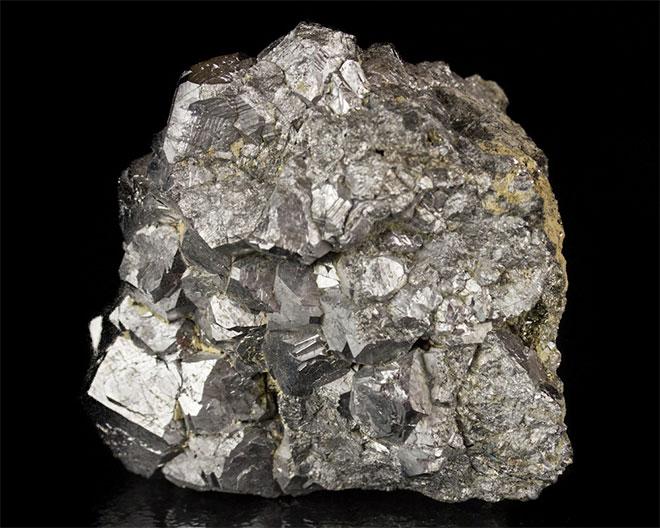 руда с серебром