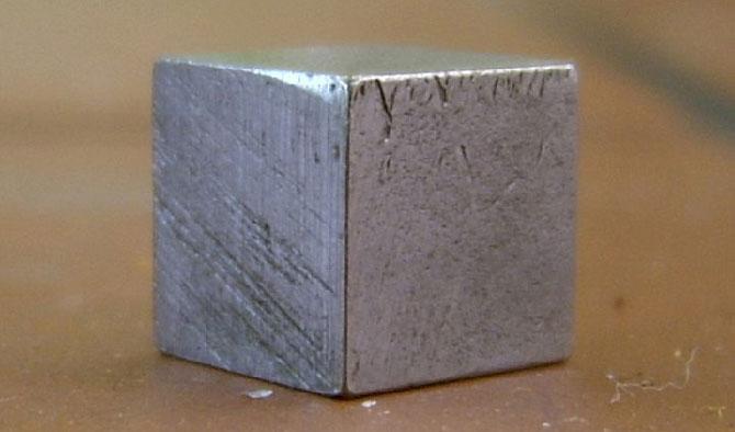 Оловянный куб