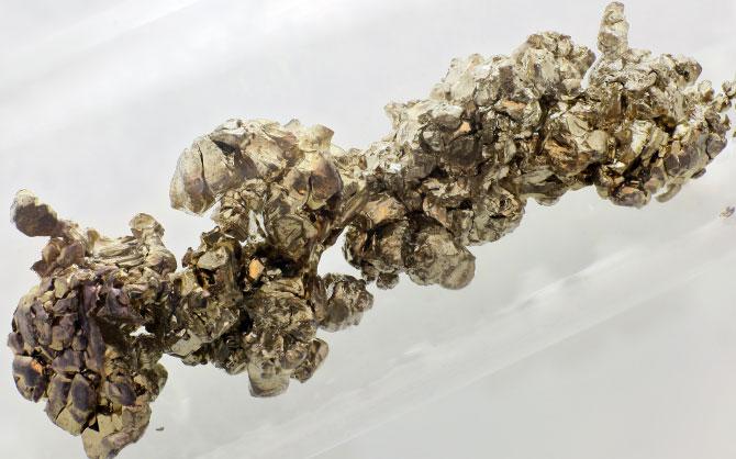 Мягкий серебристо-белый металл