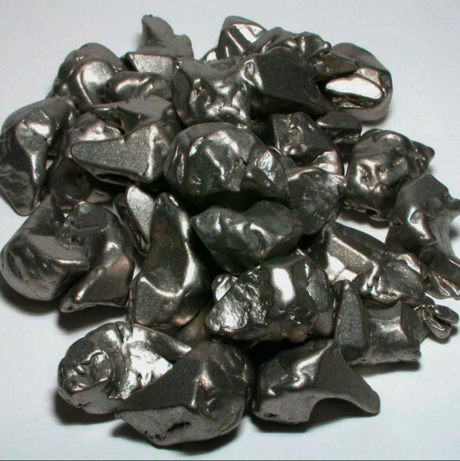 Цирконий металл