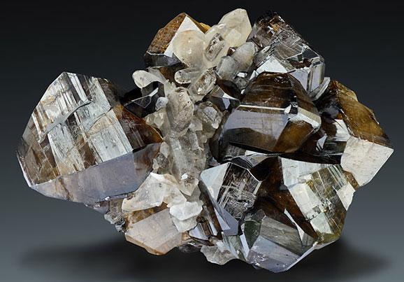 Камень Касситерит